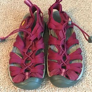 Keen Women's Waterproof Sandals Covered Toe 6